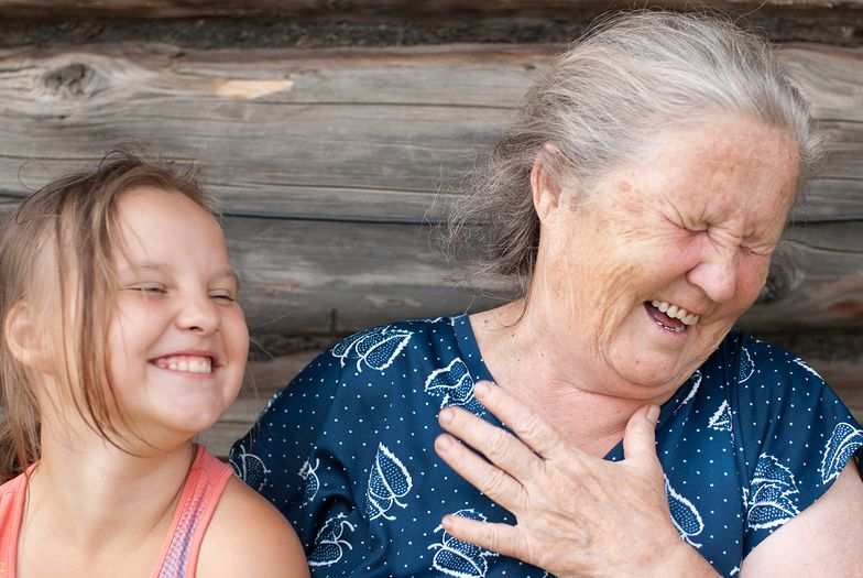 Dziadkowie wpędzają wnuki w raka. Naukowcy dostrzegli to po raz pierwszy