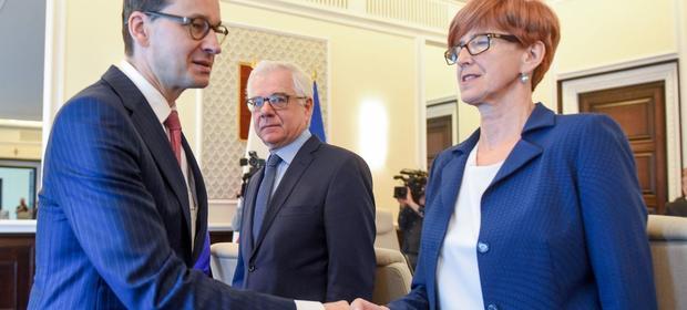 Mateusz Morawiecki i Elżbieta Rafalska, czyli inicjatorzy daniny solidarnościowej, nie będą z siebie zadowoleni