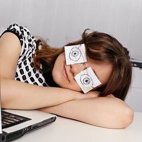 Jak dobrać soczewki i jak o nie dbać