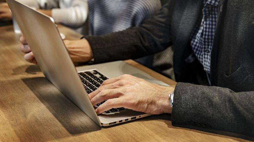 Nowy pakiet biurowy zastępuje Microsoft Office, możesz go używać w firmie za darmo