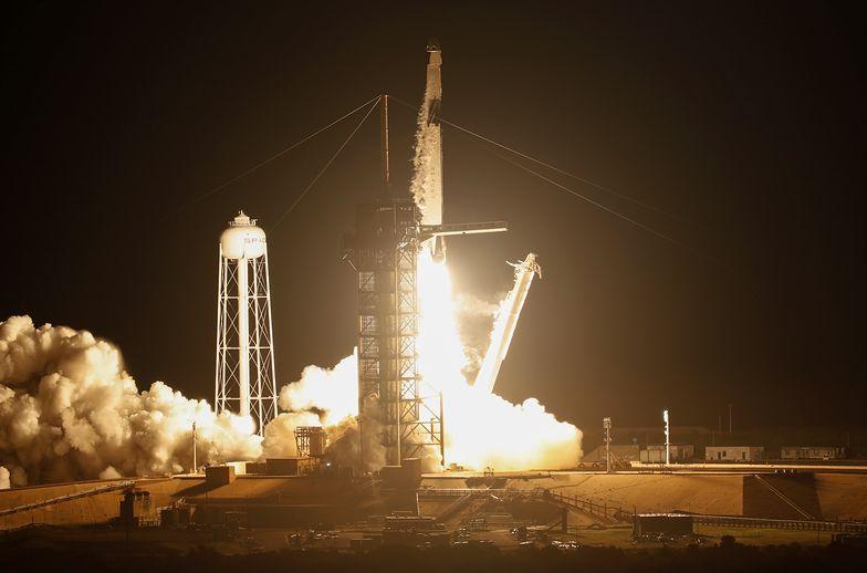 SpaceX wysłała Dragona w kosmos. To pierwszy prywatny statek załogowy
