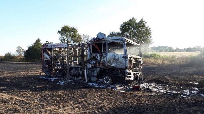 Spalony wóz strażacki OSP Złotnik