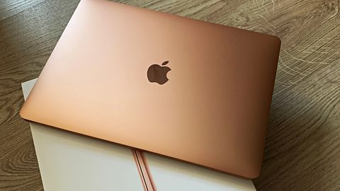 Nowy MacBook Air z pierwszymi problemami – użytkownicy skarżą się na kamerkę FaceTime