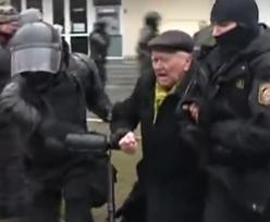 Białoruś. Milicja zatrzymała emerytów i lekarzy