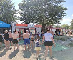Wakacje 2020. Sklep przy plaży. Czytelnik nie wytrzymał. Pokazał zdjęcie