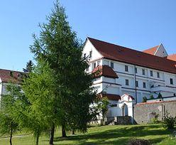 Małopolska. Koronawirus w klasztorze franciszkanów w Wieliczce. Jeden z ojców w szpitalu