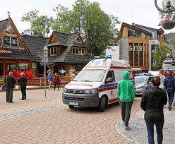 43-latek znaleziony na Krupówkach z raną ciętą głowy. Mężczyzna zmarł