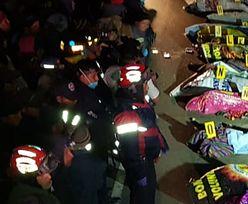 Koszmarny wypadek. Ciężarówka wjechała w tłum. Zginęło ponad 30 osób