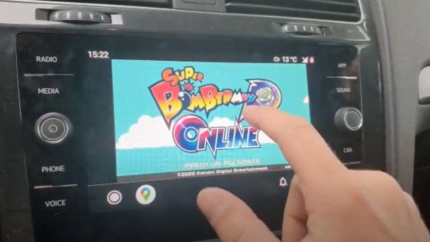 Android Auto pozwala na dużo więcej ze zrootowanym smartfonem, fot. YouTube/Google Stadia Italia