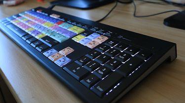 Logickeyboard do Adobe Premiere Pro. Testy klawiatury skierowanej dla profesjonalistów!