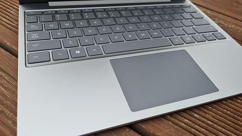 W Microsofcie bez zmian, czyli trochę logiki, trochę absurdu. Recenzja Surface Laptop Go