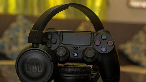 PS5 i PS4: Sony będzie mogło słuchać naszych rozmów. Oficjalnie: to w trosce o bezpieczeństwo