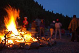 Przyczyny pożarów latem. Strażacy ostrzegają