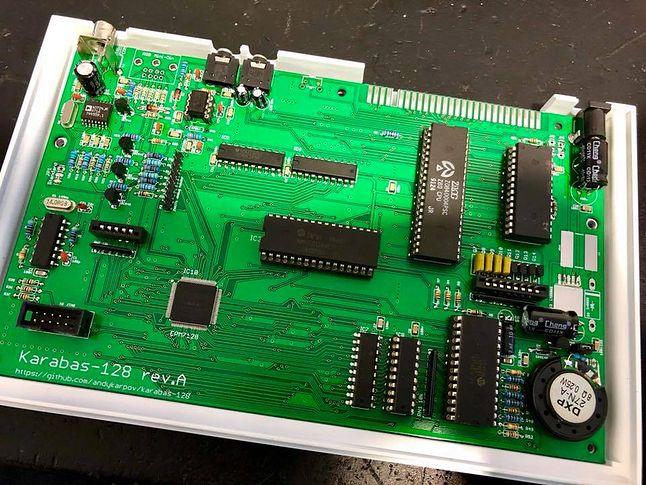Klon ZX Spectrum — Karabas-128 robiony na Ukrainie.