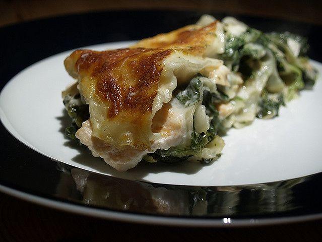 Porcja lasagne ze szpinakiem