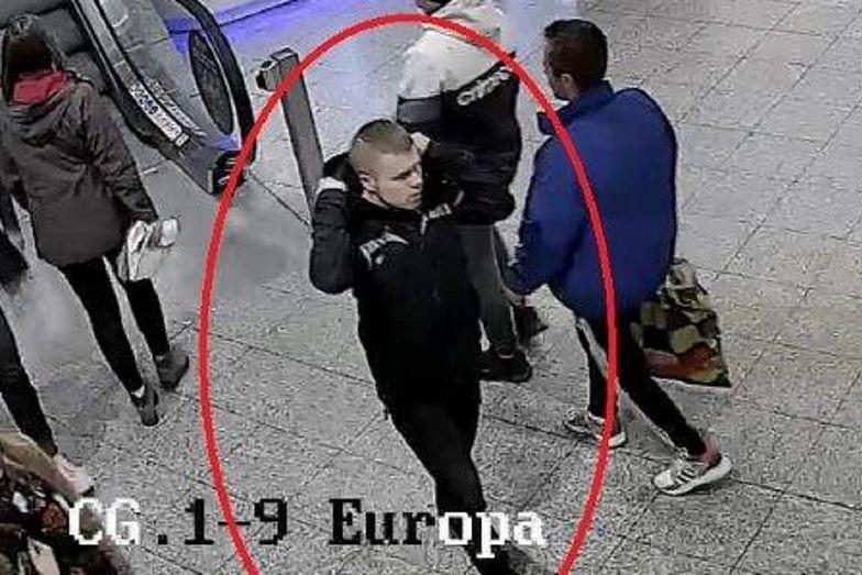 Kraków. Obciął kobiecie włosy. Policja pokazała zdjęcie