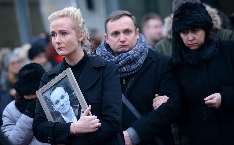 Żona Tomasza Kality: Staram się raczej żyć, niż nieustannie umierać razem z nim