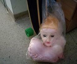 Policja odzyskała gumową lalkę. Złodzieje mogą trafić do więzienia na lata