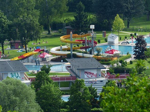 Zaplanuj dzień w parku wodnym