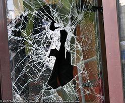 Podkarpacie. Groźny napad rabunkowy. Włamywacz wszedł przez okno i ranił ludzi