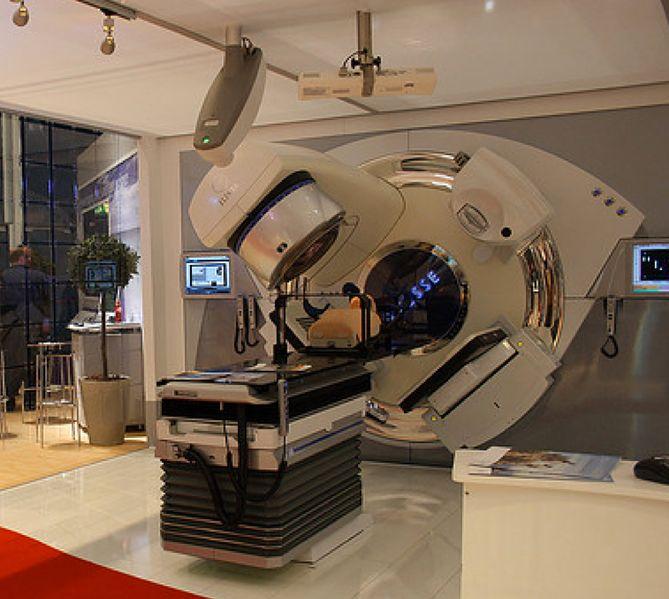 Wygląd urządzenia do radioterapii