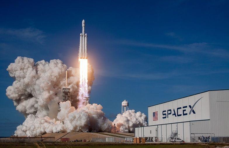 Falcon Heavy w pierwszej komercyjnej misji