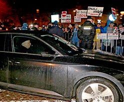 Sąd uniewinnił obwinionych o blokadę Wawelu podczas przejazdu polityków PiS