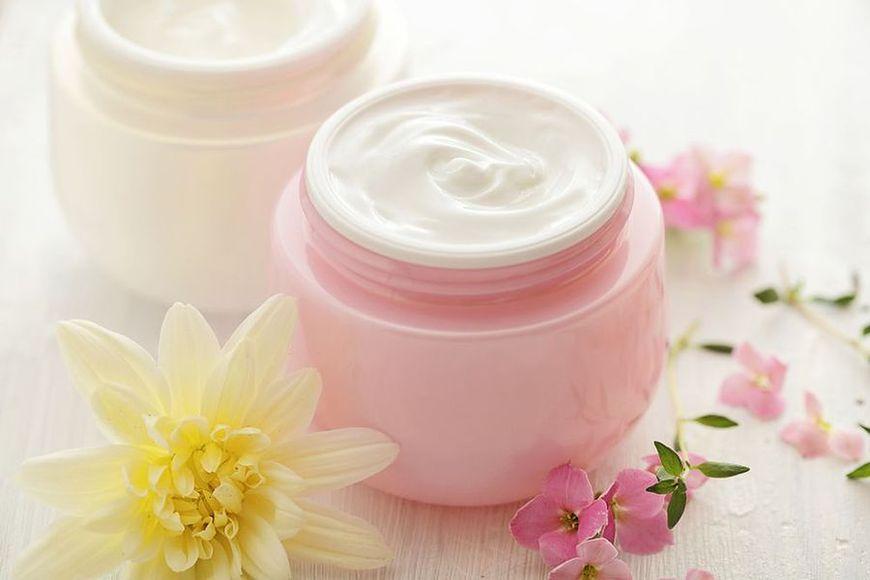 Kosmetyki z kwasami owocowymi