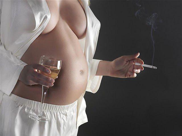 Alkohol i papierosy w ciąży są bezwzględnie zakazane
