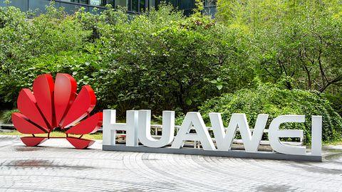 """Huawei i USA znów wymieniają się """"uprzejmościami"""". Z boku to już wręcz karykaturalne"""