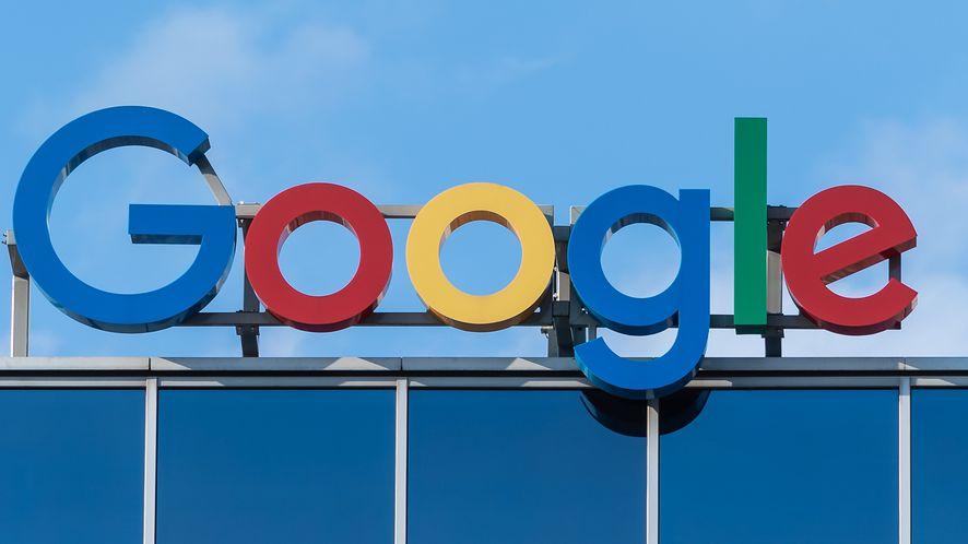 Google oberwało od KE. Musi umożliwić wybór wyszukiwarki. Chce na tym zarobić