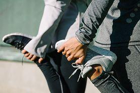 Ćwiczenia na chude uda – ogólne zasady, przysiady, wypady, wznoszenie nóg