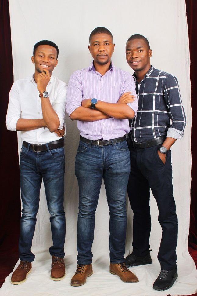 Abioye, Oluyemi i Akanyi.