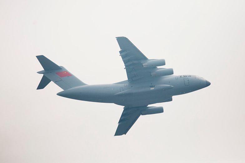 Chiny coraz śmielej sobie poczynają. Wysłali 16 myśliwców