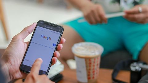 Google musi ujawnić tożsamość autora negatywnej recenzji. Tak zadecydował sąd