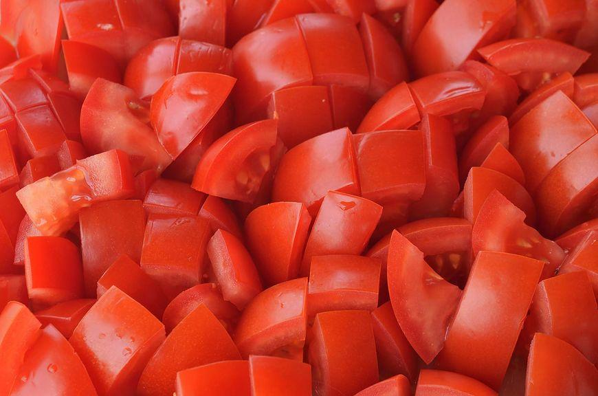 Pomidory to bogate źródło witamin i składników mineralnych, dzięki którym nasz organizm pracuje prawidłowo