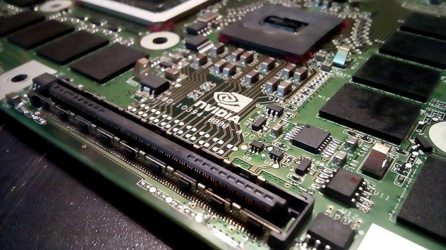 Nvidia zarobiła 5 miliardów dolarów w okresie niskiej dostępności GPU