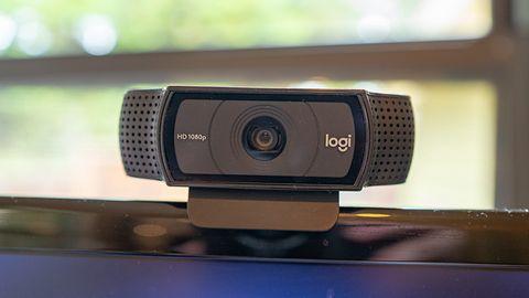 Microsoft Teams - konfiguracja. Jak ustawić mikrofon i kamerę?