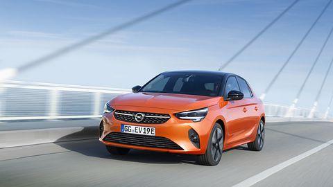 Opel stawia na elektryczność: bezemisyjna radość z jazdy od Corsy-e do Zafiry-e Life