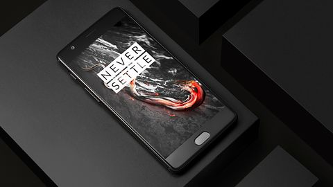 OnePlus też stawia na częste aktualizacje Androida – nowa moda nabiera tempa