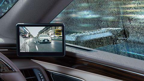 Lexus ES - pierwsze auto z kamerami zamiast lusterek w oficjalnej sprzedaży