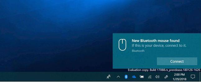 Komunikat o urządzeniu Bluetooth w pobliżu, źródło: Pureinfotech.