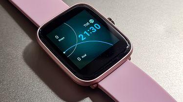 Krótki test Vector Smart VCTR-31-01: niedrogi smartwatch dla kobiet - Tutaj nie tylko kolor definiuje docelowego użytkownika, ale i kompaktowa oraz lekka konstrukcja