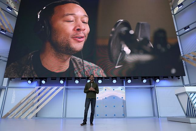 Google I/O 2018 i zapowiedź nowych głosów w Asystencie Google, źródło: Getty Images)