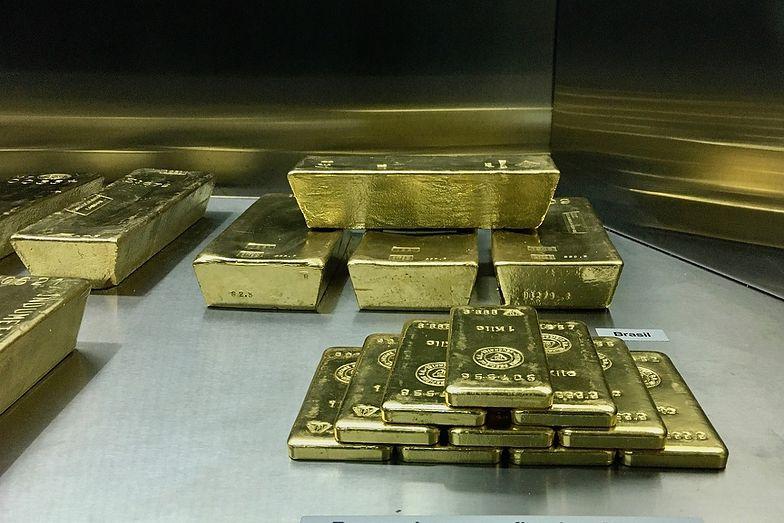 Worek złota w pociągu. Szukają właściciela