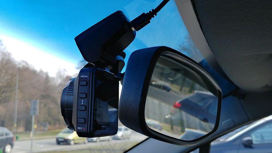 Rejestrator wideo w samochodzie, fot. Oskar Ziomek