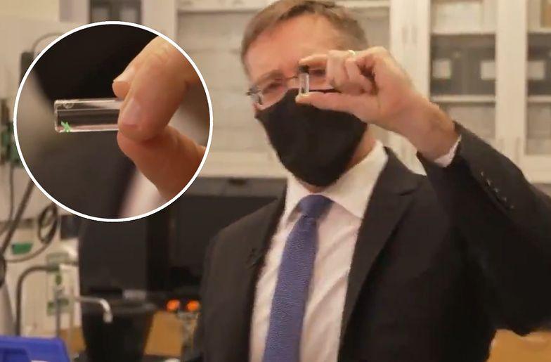 Pentagon pokazał implant. Może pomóc w walce z COVID-19