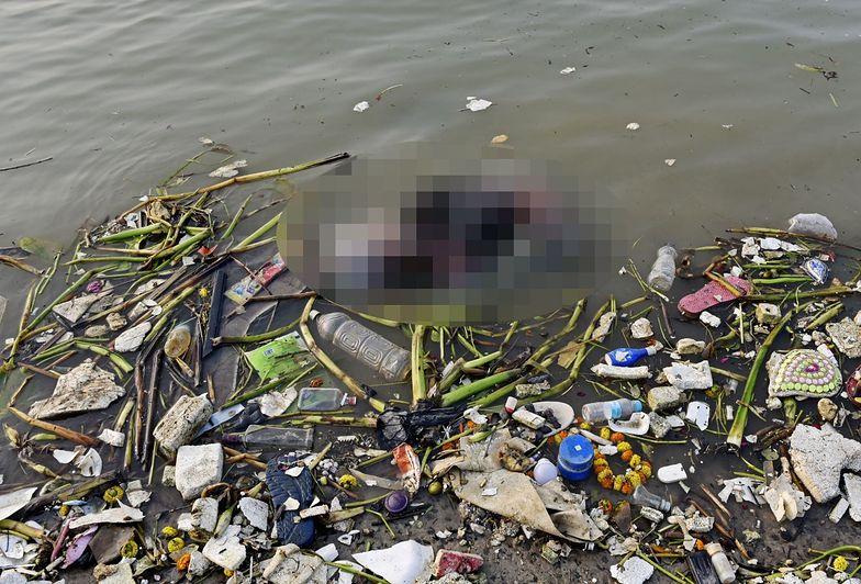 Wstrząsający widok w Indiach. Horror nad Gangesem