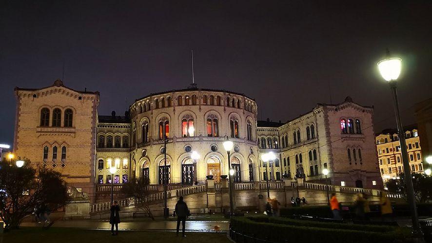 Norweski parlament znów padł ofiarą cyberprzestępców (fot. Flickr)
