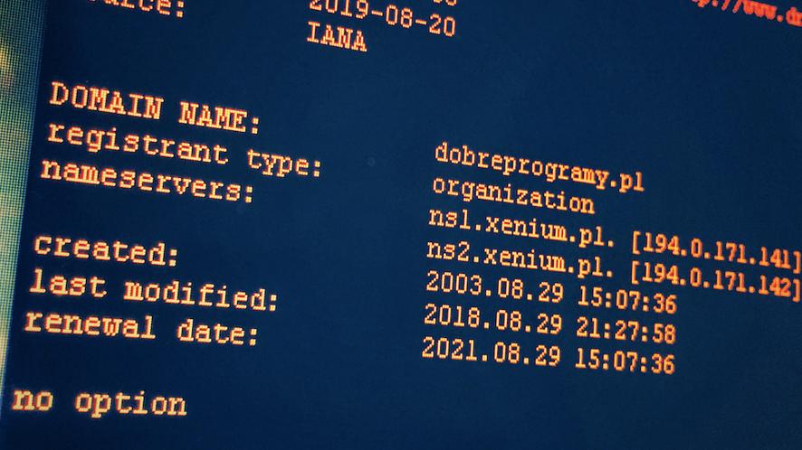 Windows 10 otrzymuje klienta DNS-over-HTTPS. Na razie tylko w Insider Preview (fot. Kamil Dudek)